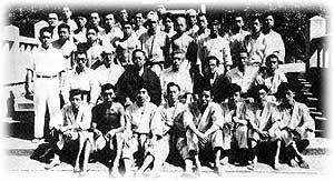 10-Kenwa-Mabuni-y-alumnos