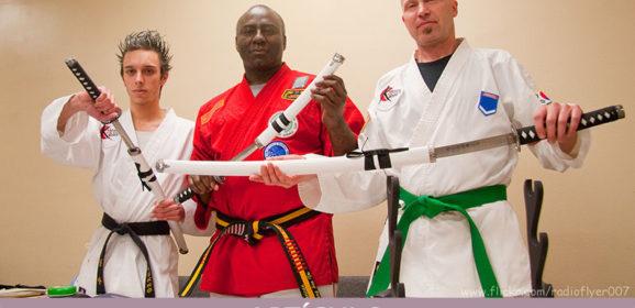 Color y diseño del cinturón de los maestros de artes marciales. ¿Apariencia o esencia?